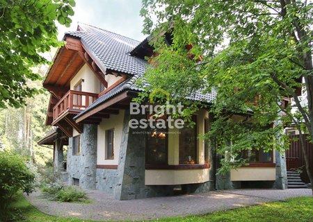 Купить загородный дом 770 кв.м. в коттеджном поселке Липка. ID 10288