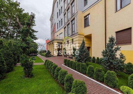 Продажа пятикомнатной квартиры 264 кв.м. в клубном доме Петровский Клубный Дом. ID 10733