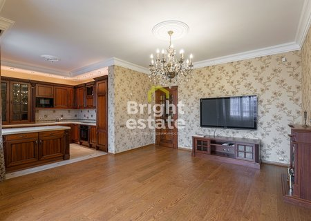 Трехкомнатная квартира 104 кв.м. в поселке Павлово. ID 9784