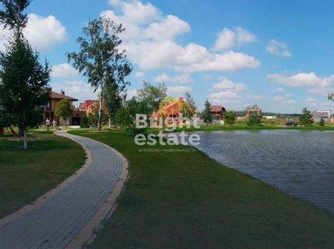 Купить дом у озера в коттеджном поселке Новорижский. ID 10189