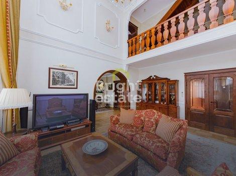 Купить загородный дом 800 кв.м. в КП Раздоры на Рублевке. ID 10361