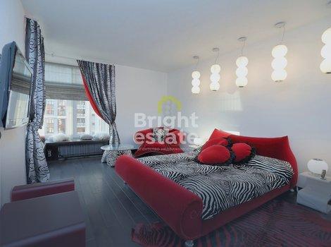 Продажа трехкомнатной квартиры 143 кв.м. в ЖК Триумф Палас в Чапаевском переулке 3. ID 10738