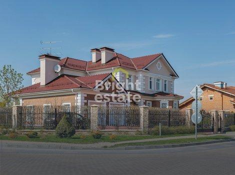 Продажа загородного коттеджа в клубном поселке Монтевиль. ID 10942