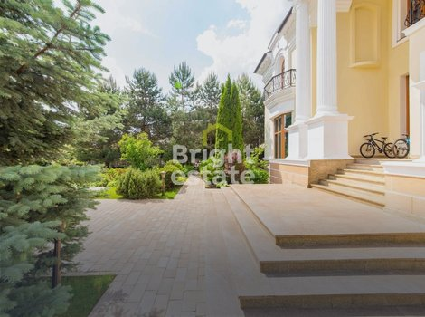 КП Резиденции Бенилюкс — Купить готовый коттедж 640 кв.м.. ID 11007