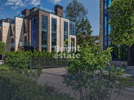 Трехэтажный таунхаус 277 кв.м. в коттеджном поселке Park Fonte. ID 11088