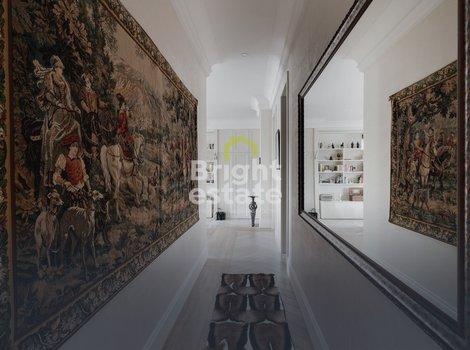 Купить 3-комнатную квартиру под ключ в Большом Казенном переулке 5, Басманный район, ЦАО. ID 11103
