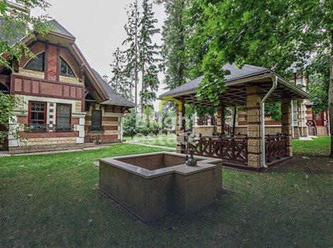 Купить дом под ключ 355 кв.м. в коттеджном поселке Довиль. ID 11901
