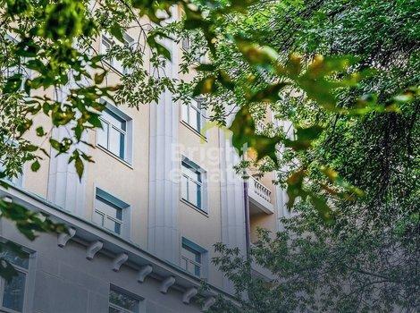 Апартаменты 54,6 кв.м. с одной спальней в Доме на Красина. ID 12320