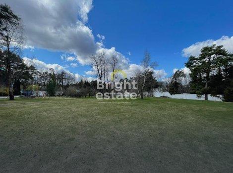 Продается земельный участок в поселке Жуковка. ID 13330