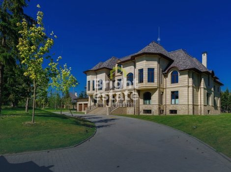 Продажа коттеджа без отделки в Agalarov Estate. ID 3211