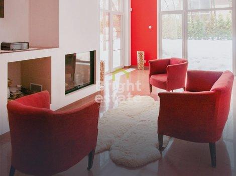 Купить готовый дом в коттеджном поселке Жаворонки-1. ID 9653