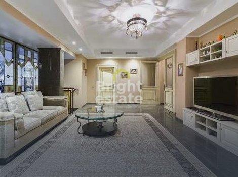 Продажа загородной резиденции 1300 кв.м. в поселке Монолит. ID 9763