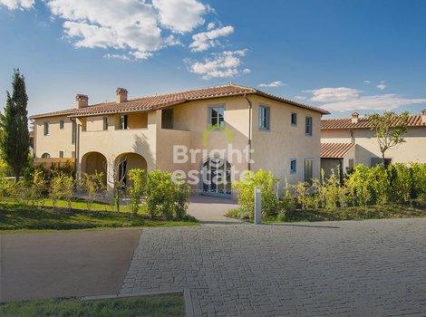 Купить апартаменты с 3 спальнями в ЖК Кастельфальфи, Тоскана, Италия. ID 9811