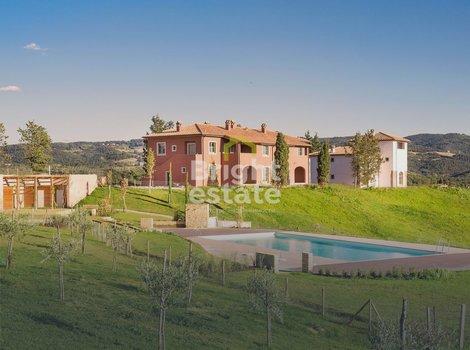Апартаменты 155 кв.м. в жилом комплексе Castelfalfi, Тоскана. ID 9814