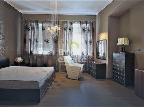 Аренда трехкомнатной квартиры 120 кв.м. на улице Пятницкая 57с2 в Замоскворечье. ID 9941