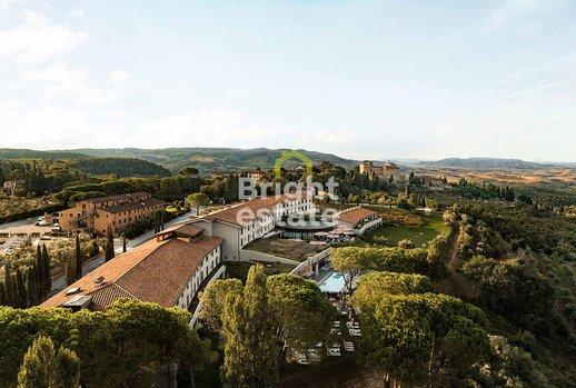 жилой комплекс Castelfalfi, Италия, Тоскана, Монтайоне