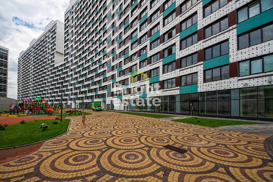 Снять в аренду 3-комнатную квартиру в ЖК Лица. ID 12036