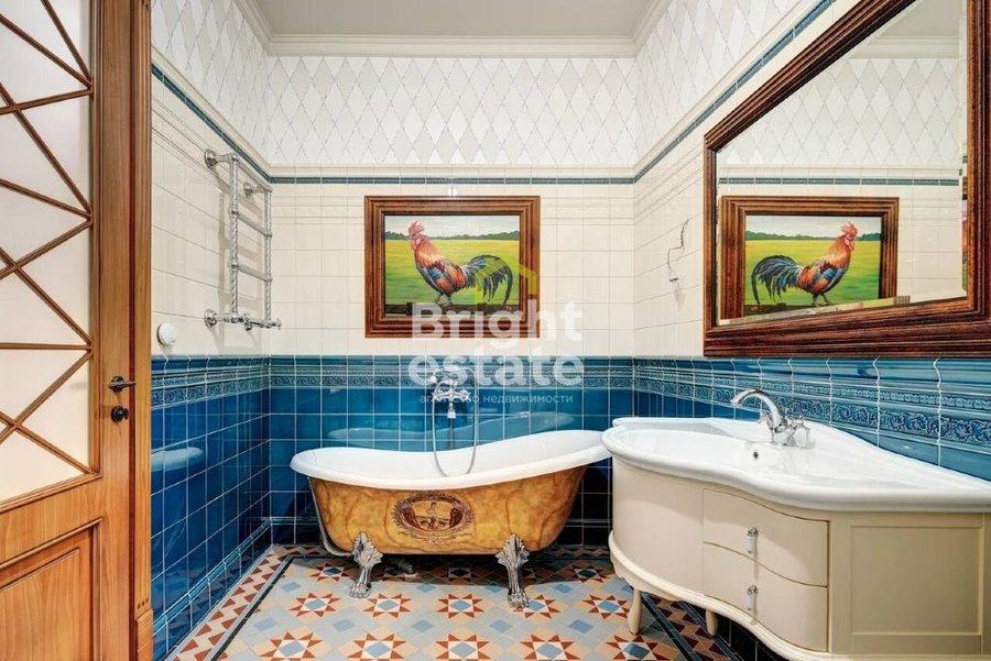 Продажа дома с дизайнерской отделкой в КП Антоновка. ID 12102