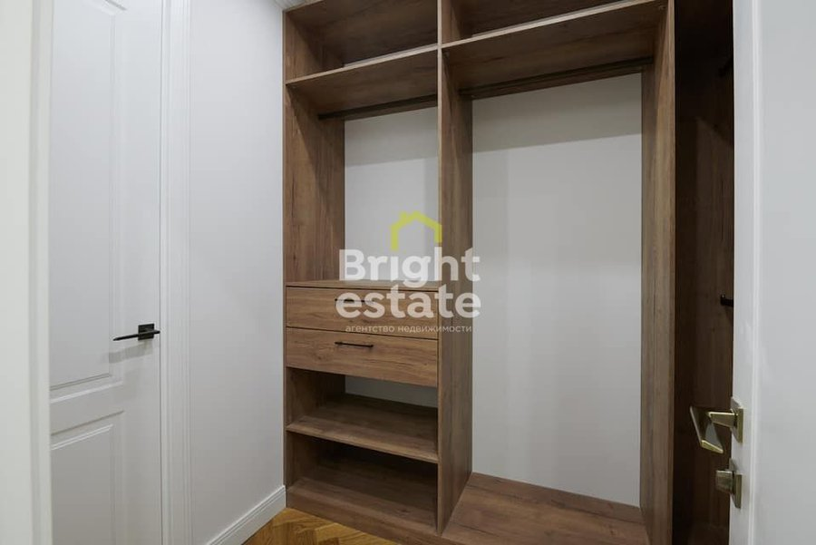 Купить готовые апартаменты в ЖК Царская площадь. ID 12236