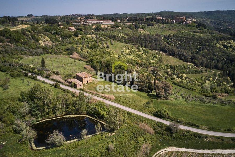 Продажа виллы Via Nova 560 кв.м. в жилом комплексе Castelfalfi, Toscana. ID 9823