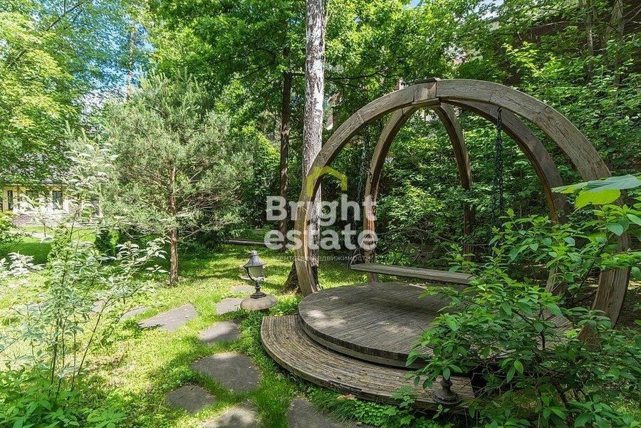 Продажа резиденции 860 кв.м. в Горках-2 на Рублево-Успенском шоссе. ID 9913