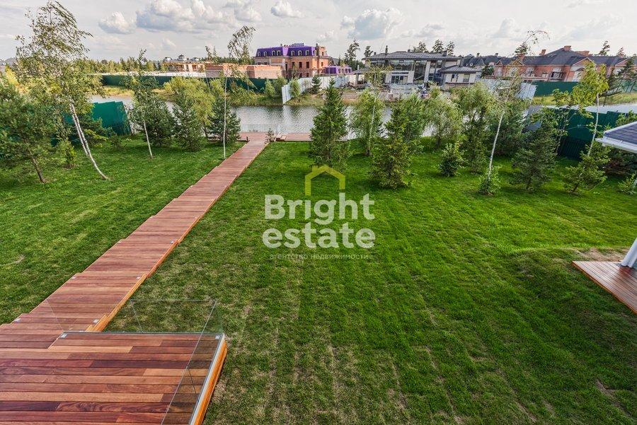 Купить двухэтажный фахверк 850 кв.м. в поселке Агаларов Estate на Новой Риге. ID 9943